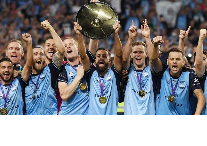 Photo of Sydney FC holding A-League Premiership Plate